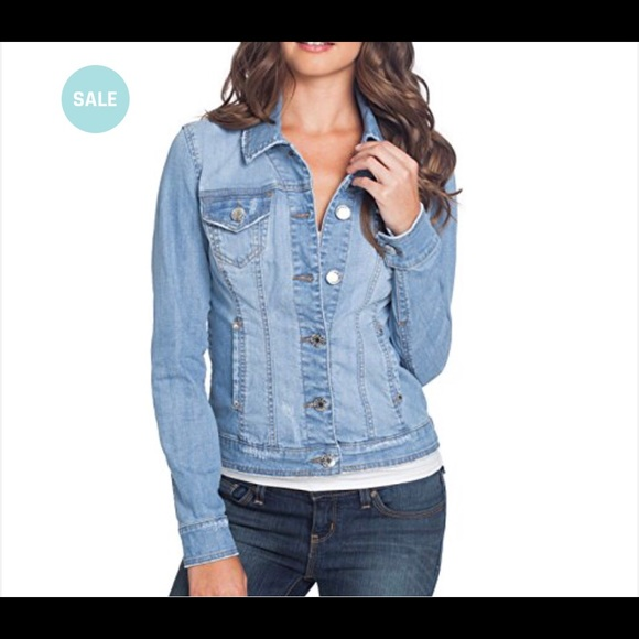 Guess Jackets & Blazers - Guess denim jacket